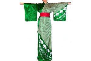Frau im grünen odori-katamigawari Kimono