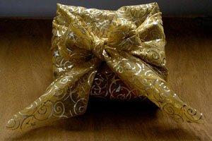 Goldener Furoshiki