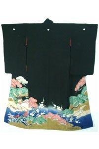 Kuro Tomesode Kimono in Schwarz.